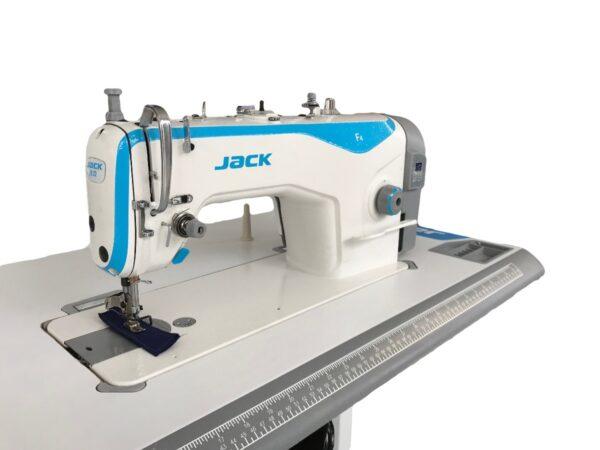 Masina-de-cusut-liniara-JACK-F4