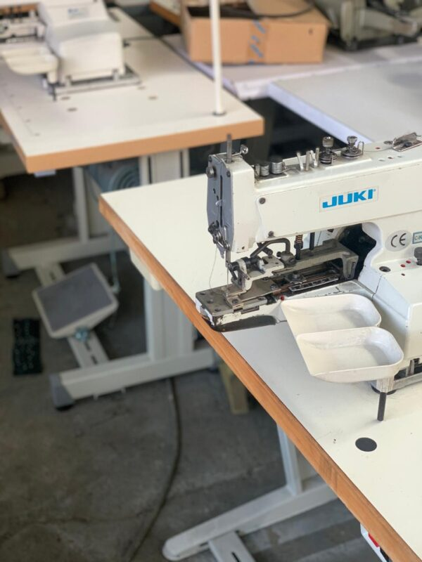 Masina-de-cusut-stafir-Juki-MB-377-2