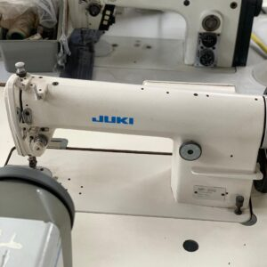 Masina-pentru-cusaturi -de-acoperire-de-tip-Columbia-JUKI-MP-200